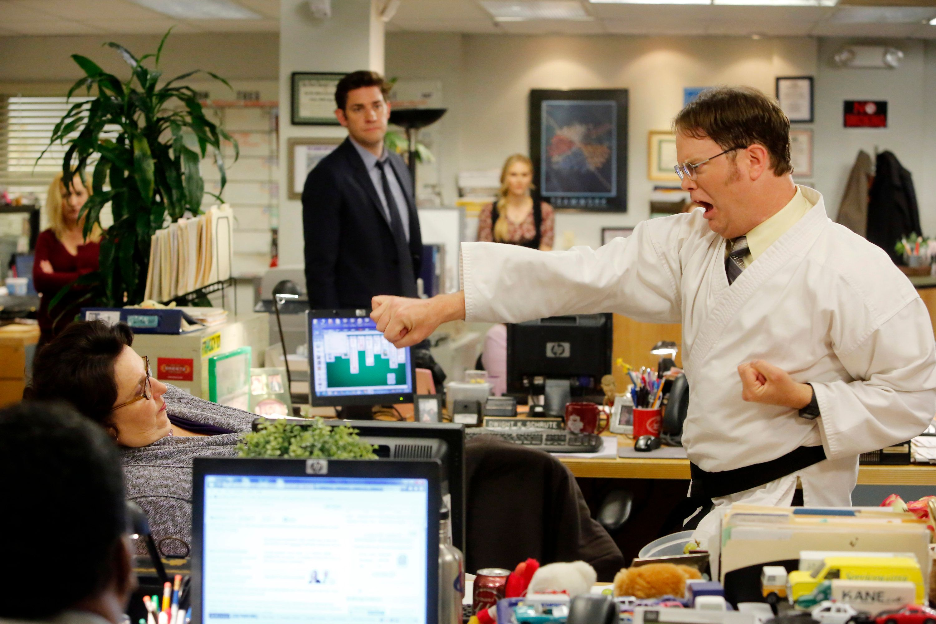 THE OFFICE -- 'Livin' The Dream' Episode 921 -- Pictured: (l-r) Phyllis Smith as Phyllis Vance, John Krasinski as Jim Halpert, Rainn Wilson as Dwight Schrute -- (Photo by: Vivian Zink/NBC/NBCU Photo Bank via Getty Images)