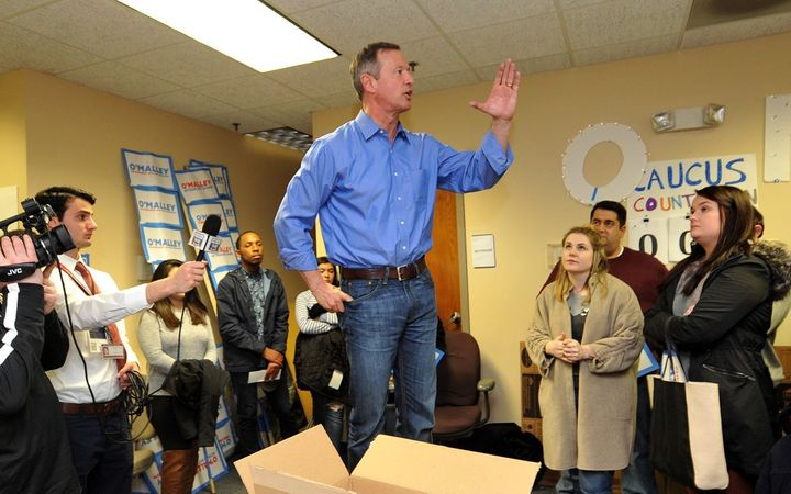 Two days before the Iowa caucuses, Democratic presidential candidate Martin O'Malley stood on a chair and made