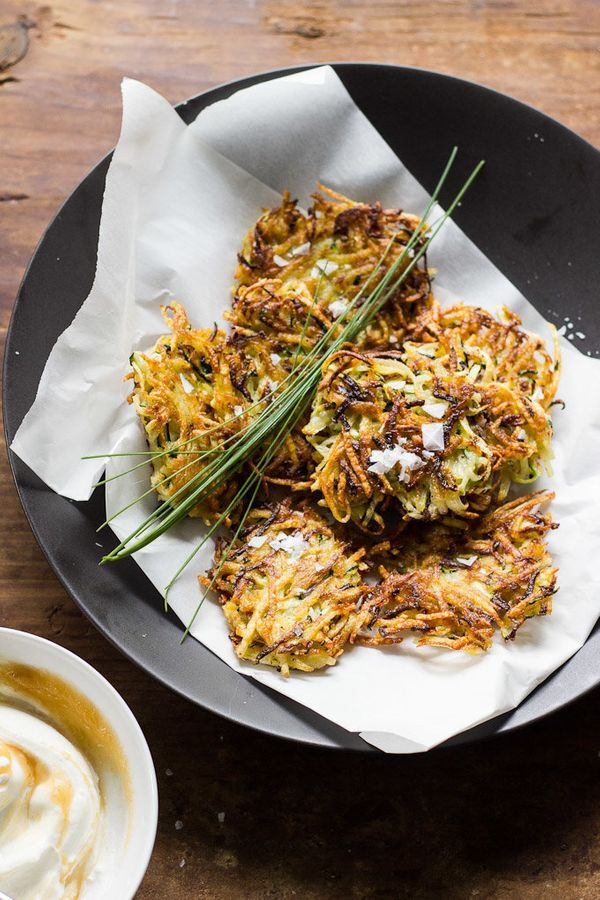 """<strong>Get the <a href=""""http://www.theclevercarrot.com/2014/10/crispy-zucchini-potato-pancakes-marbled-applesauce-yogurt/"""" t"""