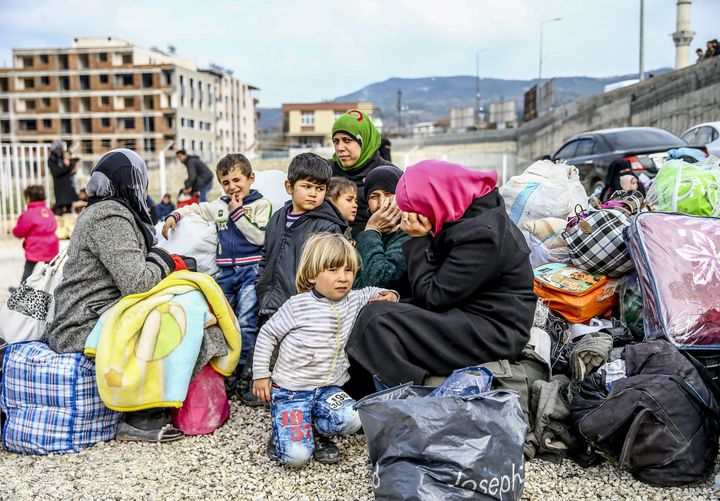 Heavy fighting and bombardments in northern Syria have displaced more than 20,000 Turkmens since November.