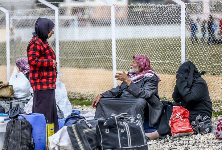 United Nations-backed Syrian peace talks began on Friday in Geneva.