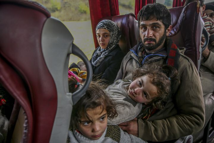 World leaders will spend six months trying to find a peaceful solutionto end Syria's civil war.