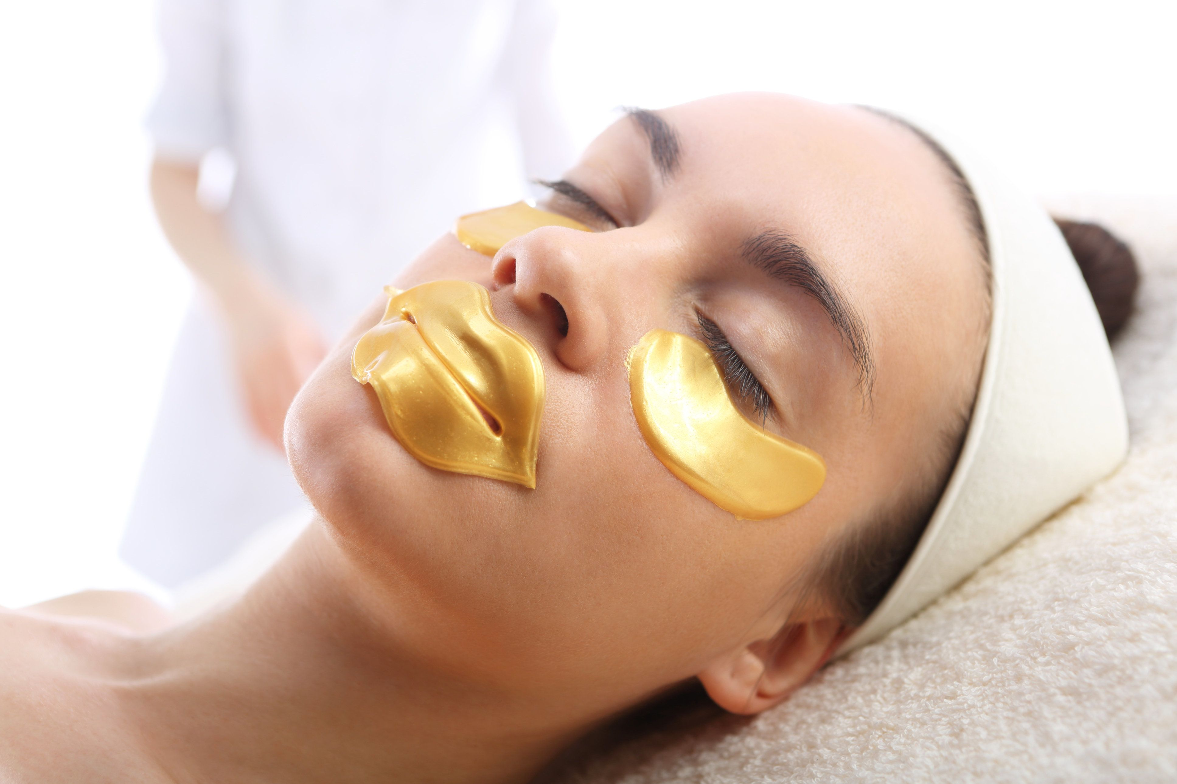 Gold-infused skincare does boast promising skincarebenefits. However, there are other effective antioxidants.