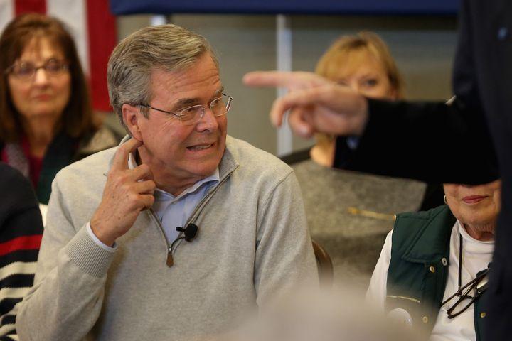 Jeb Bush's super PAC has raised an unbelievable $118 million, butmoney can't always buy love.