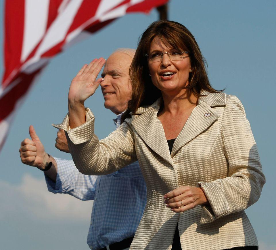 Sarah Palin Fake Naked Cool sarah palin just single-handedly ruined off-the-shoulder tops for