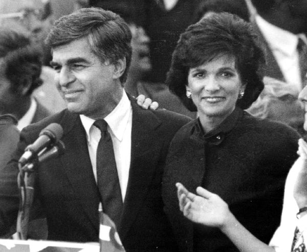 Mass. Governor Michael Dukakis lost the 1988 Iowa caucuses to Missouri Rep. Dick Gephardt by over 10%. He won