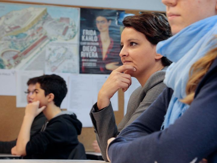 French Education Minister Najat Vallaud-Belkacem visitsa secondary school in Paris on Jan. 7, 2016 to mark the implemen