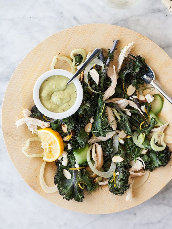 "<strong>Get the <a href=""http://www.foodiecrush.com/2013/03/20-kale-recipes-and-roasted-kale-and-fennel-salad-with-avocado-ca"