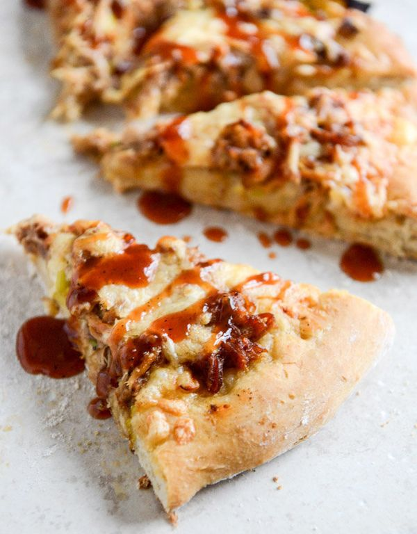 """<strong>Get the <a href=""""http://www.howsweeteats.com/2013/12/pulled-pork-pizza-with-maple-leeks-roasted-garlic-and-aged-chedd"""