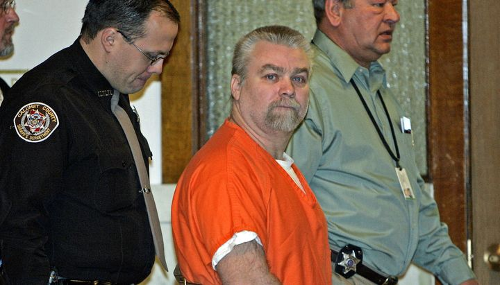 Steven Avery, center, is escorted to a Manitowoc County Courtroom for his arraignment Tuesday, Jan. 17, 2006, in Manitowoc, W