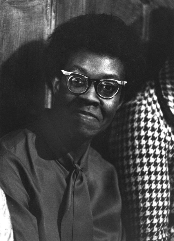 "<a href=""http://www.biography.com/people/gwendolyn-brooks-9227599#writing-career"" target=""_blank"">This poet </a>was the first"