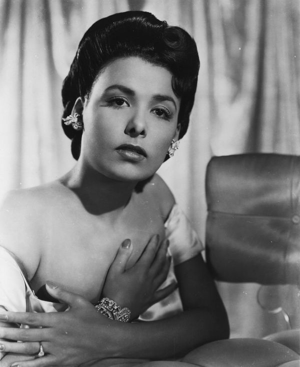 "<a href=""http://www.biography.com/people/lena-horne-9344086#synopsis"" target=""_blank"">Horne</a> was a popular actress and sin"