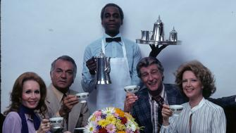 SOAP - Cast Gallery - Shoot Date: August 4, 1977. (Photo by ABC Photo Archives/ABC via Getty Images) L-R: KATHERINE HELMOND;ROBERT MANDAN;ROBERT GUILLAUME;RICHARD MULLIGAN;CATHRYN DAMON