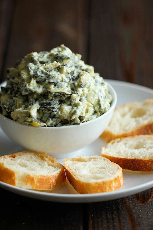 "<strong>Get the <a href=""http://damndelicious.net/2014/02/12/slow-cooker-spinach-artichoke-dip/"" target=""_blank"">Slow Cooker"