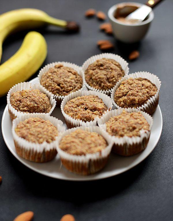 "<strong>Get the <a href=""http://minimalistbaker.com/banana-almond-meal-muffins-gluten-free-vegan-optional/"" target=""_blank"">G"