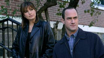 LAW & ORDER: SPECIAL VICTIMS UNIT -- 'Burned' Episode 11 -- Pictured: (l-r) Mariska Hargitay as Det. Olivia Benson, Christopher Meloni as Det. Elliot Stabler  (Photo by Will Hart/NBC/NBCU Photo Bank via Getty Images)