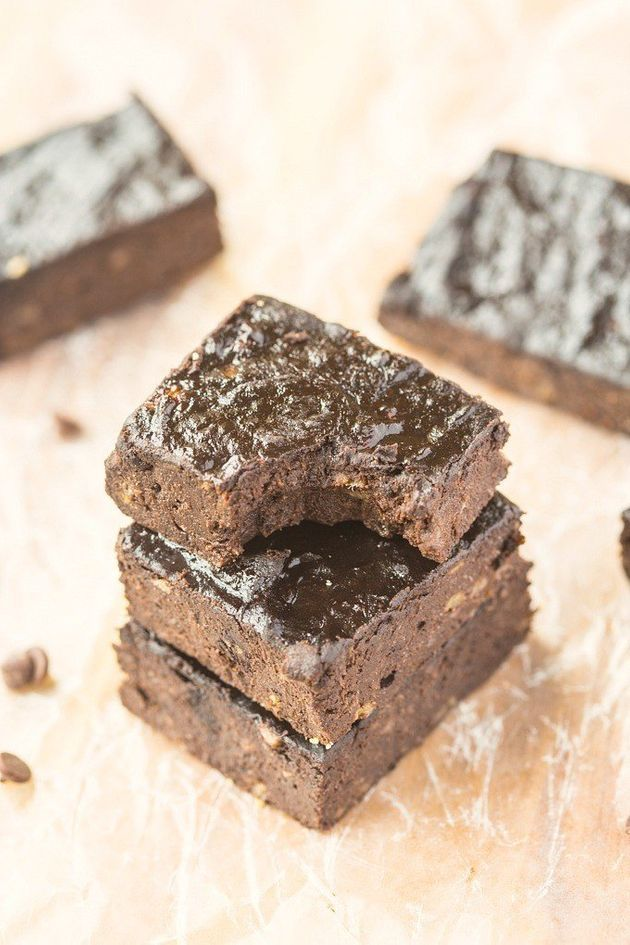 The Healthy 3-Ingredient Brownie Recipe You Shouldn't Live