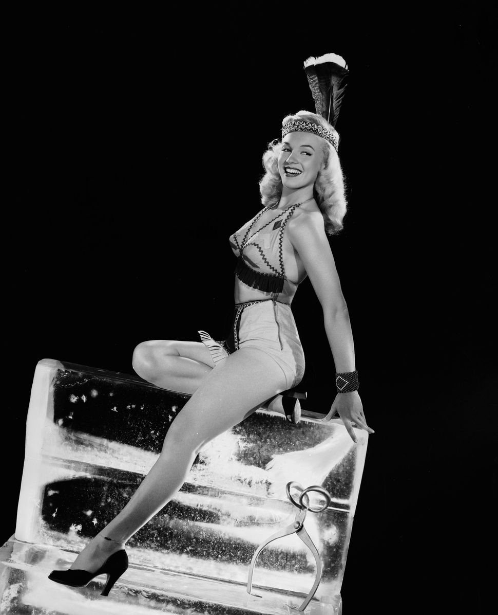 6e3a4fc63f9 A Visual History Of Marilyn Monroe As A Pin-Up Icon | HuffPost