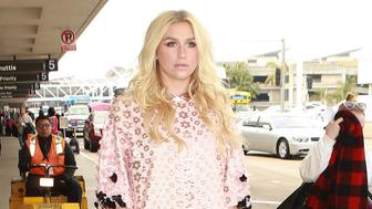 LOS ANGELES, CA - JANUARY 10: Kesha is seen at LAX on January 10, 2016 in Los Angeles, California.  (Photo by GVK/Bauer-Griffin/GC Images)