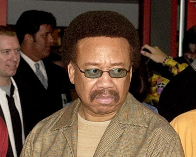 Earth, Wind & Fire Founder Maurice White Dead At 74...