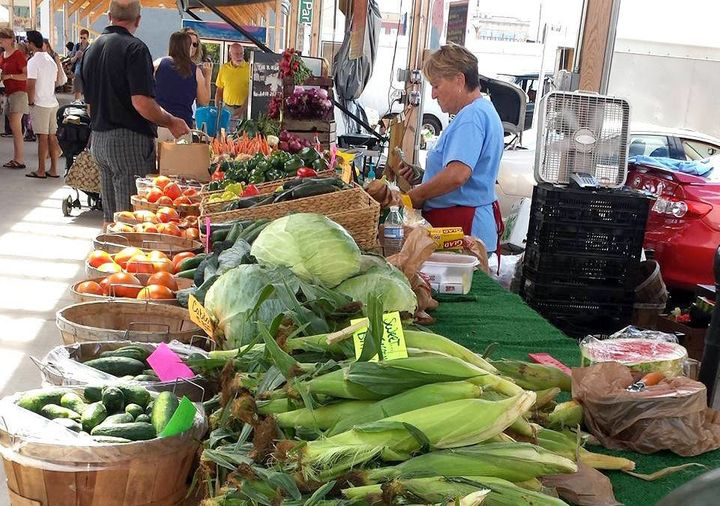 """Flint's downtown farmers' market is part of a local food scene Sadler describes as """"vibrant"""" given the city's size."""