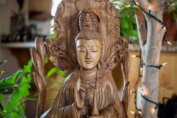 "Kuan Yin is a <a href=""http://www.kosei-shuppan.co.jp/english/text/mag/2008/08_456_3.html"" target=""_blank"">Buddhist deity</a>"