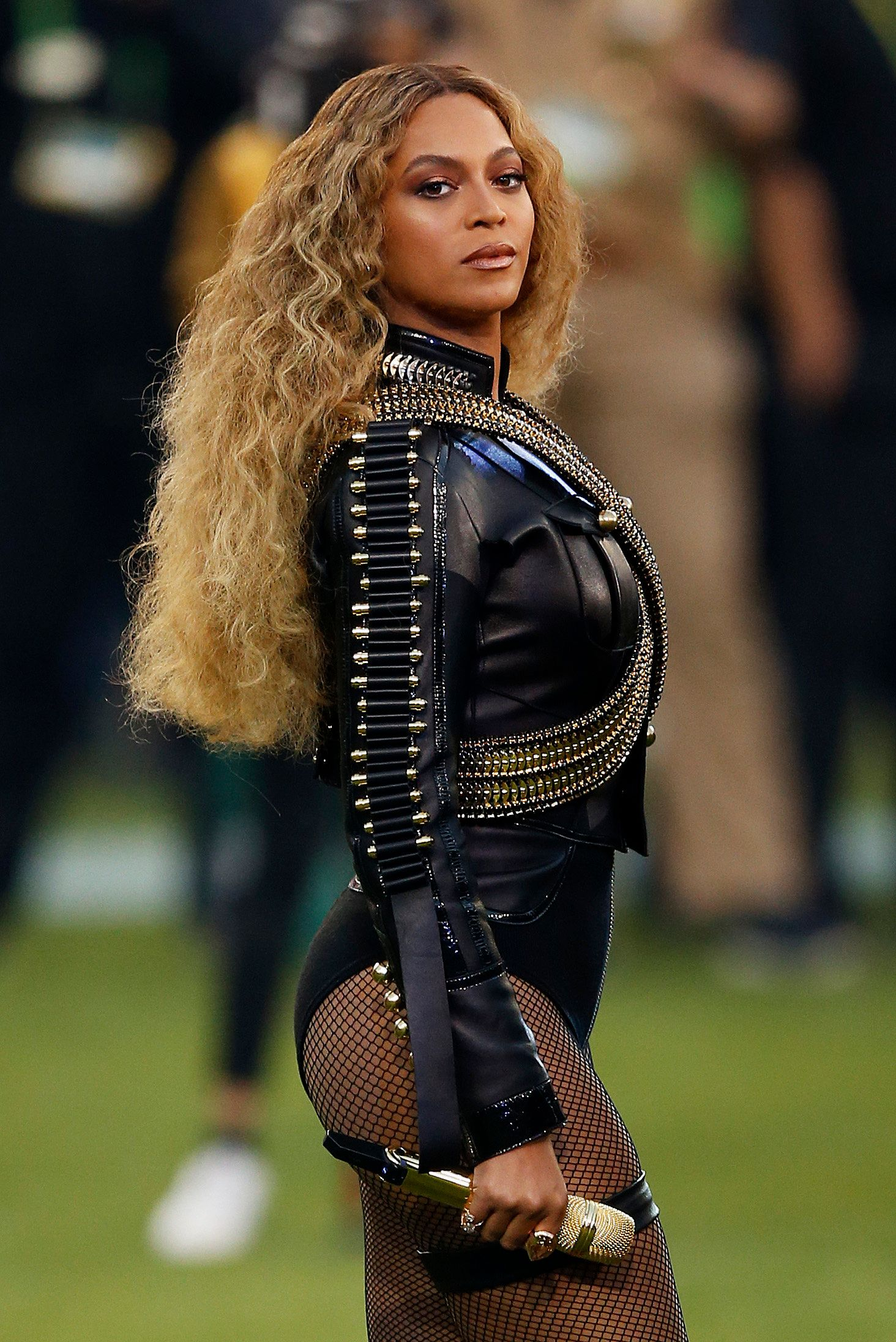 """Beyoncé performed her new song, """"Formation,"""" at Sunday night's Super Bowl."""