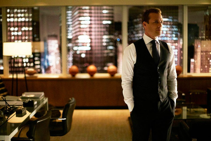 """SUITS -- """"God's Green Earth"""" Episode 513 -- Pictured:  Gabriel Macht as Harvey Spencer -- (Photo by: Shane Mahood/USA Network)"""