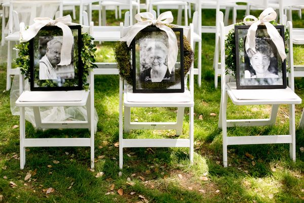 wedding ideas for remembering loved ones 14 sentimental ways to honor lost loved ones on your 28158