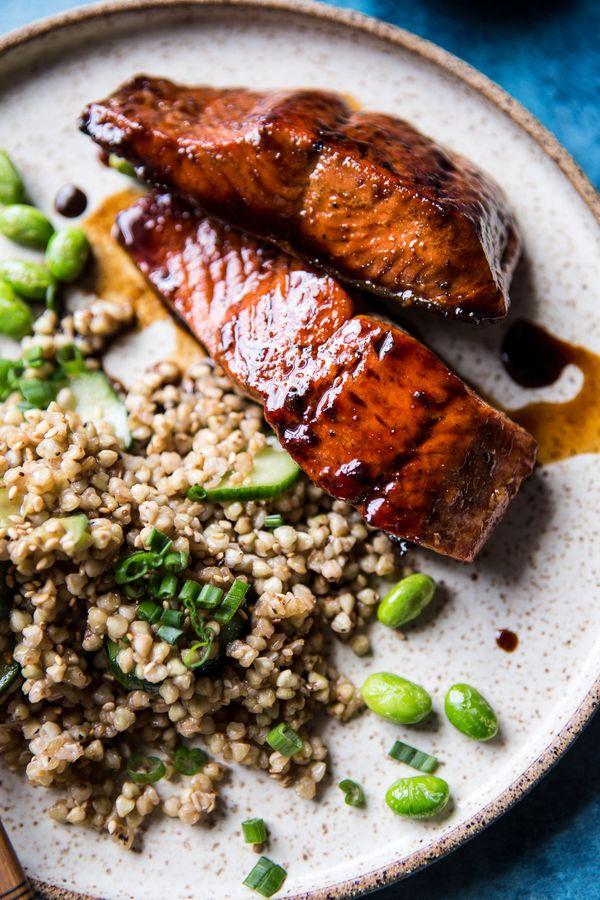 "<strong>Get the <a href=""http://www.halfbakedharvest.com/caramelized-teriyaki-salmon-sesame-toasted-buckwheat/"" target=""_blan"