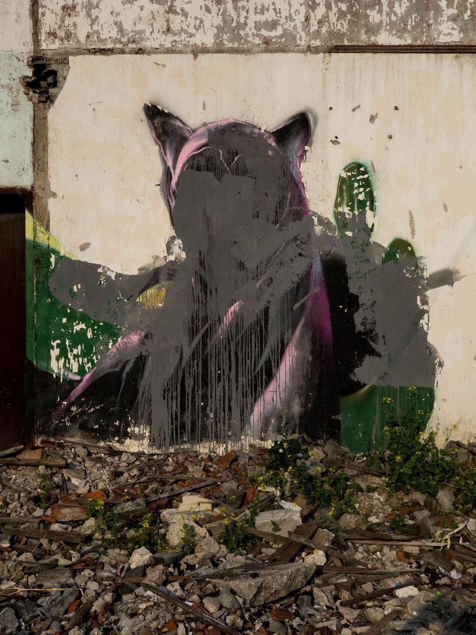 "GRAHAM FINK/RIFLEMAKER GALLERY ""Graffiti Grafittied"""
