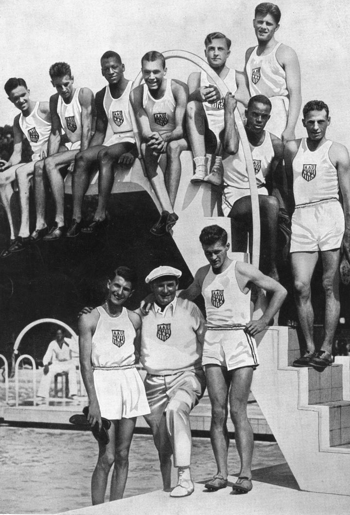 Mack Robinson (up top and third on the left) before the Olympics.
