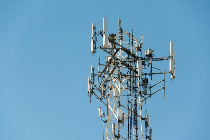 Stingray devices collect data from cell phones by mimicking communication towers.