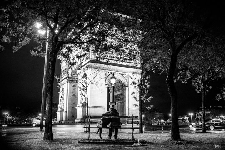 A quiet moment in Paris while the city sleeps.