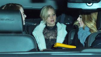 NEW YORK - NOVEMBER 23: Adele, Jennifer Lawrence, and Emma Stone get dinner at Cosme Mexican restaurant in the Flatiron on November 23, 2015 in New York, New York.  (Photo by Josiah Kamau/BuzzFoto via Getty Images)