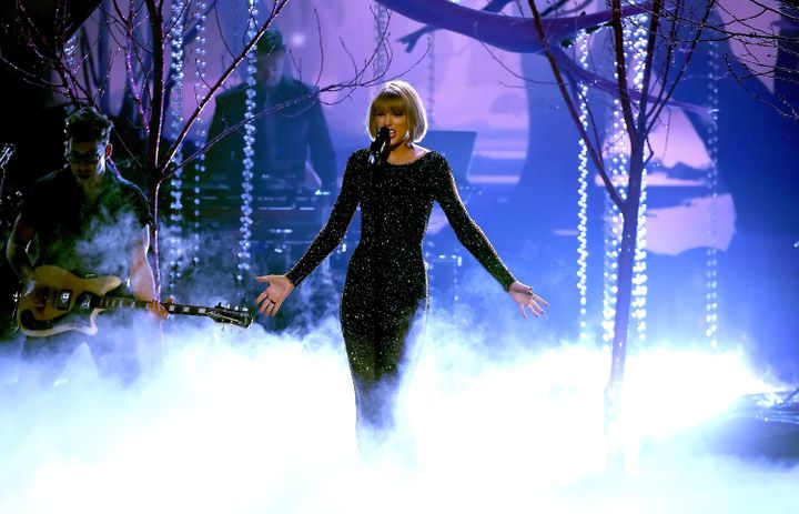 Recording artist Taylor Swift performs onstage during The 58th GRAMMY Awards at Staples Center on February 15, 2016 in Los An