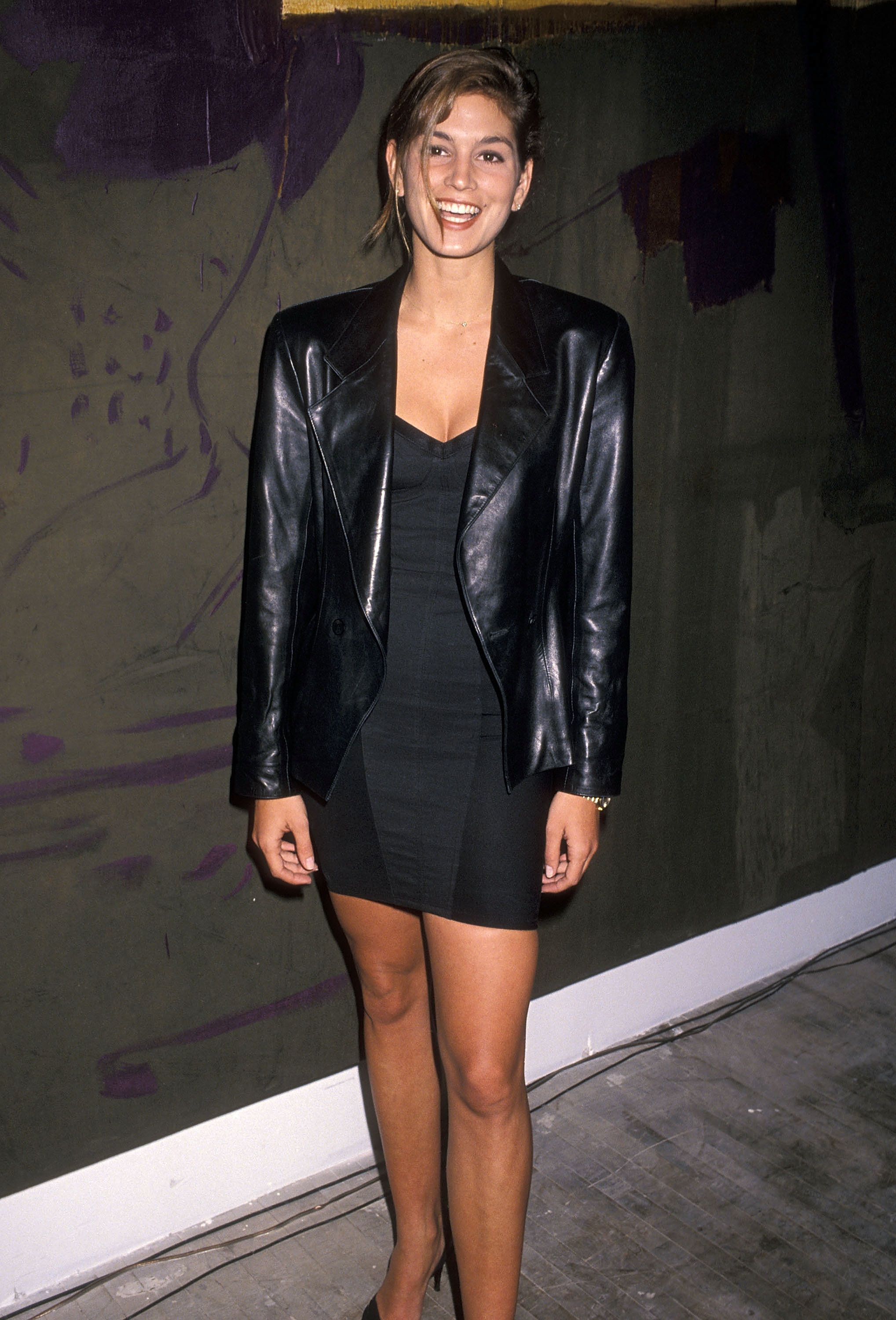 "NEW YORK CITY - MARCH 13:   Model Cindy Crawford attends the ""Art Pro Choice"" Cocktail Party and Auction to Benefit the National Abortion League on March 13, 1990 at the Brandt Building in New York City. (Photo by Ron Galella, Ltd./WireImage)"