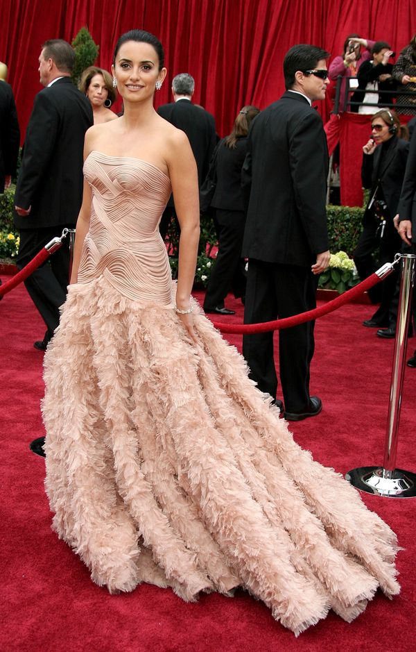 The 18 Best Oscar Dresses Of All Time