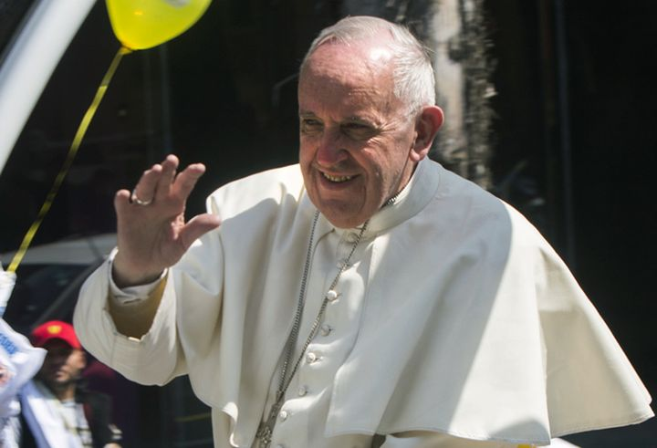 Pope Francis reportedly flew over a courtyard in Mexico where more than 1,000 people had gathered to welcome him with a live