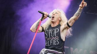 MONTREAL, QC - AUGUST 10:  Dee Snider of Twisted Sister performs on Day 2 of the Heavy Montreal Festival on August 10, 2014 in Montreal, Canada.  (Photo by Mark Horton/Getty Images)
