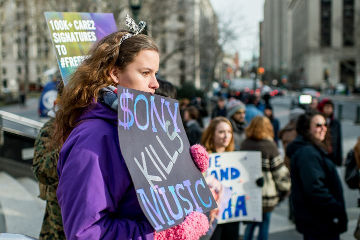 Kesha fans protest Sony Music Entertainment outside New York State Supreme Court on February 19, 2016 in New York City. Sony