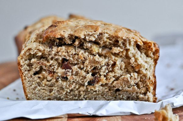 "<strong>Get the <a href=""http://www.howsweeteats.com/2012/05/bacon-peanut-butter-banana-bread/"" target=""_blank"">Bacon Peanut"