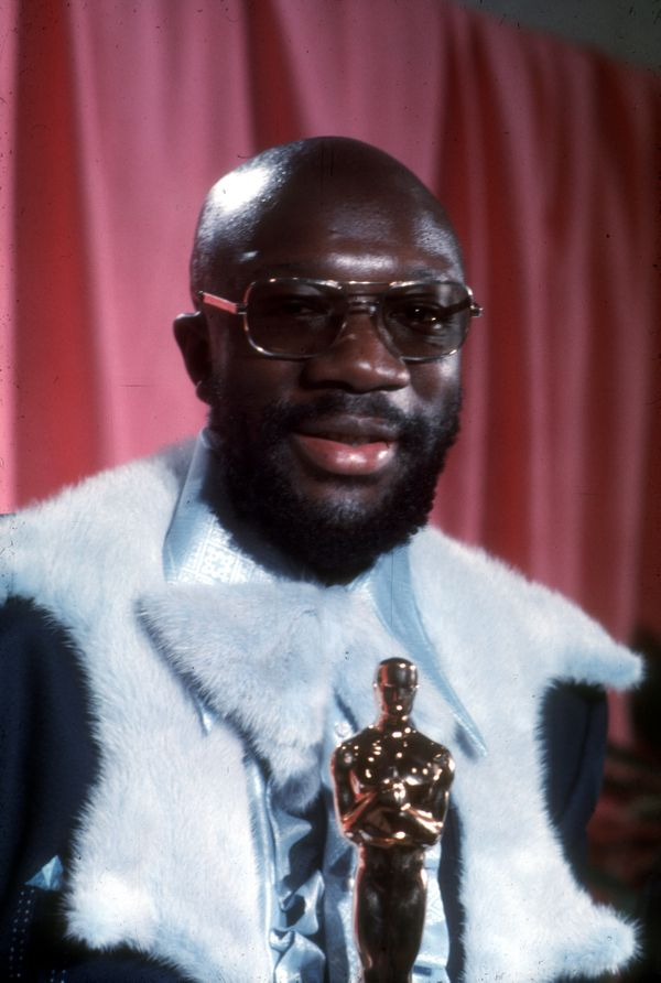 Singer and songwriter Isaac Hayes poses for a portrait holding his Oscar backstage at the 44th annual Academy Awards, held at