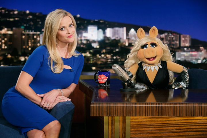 """Reese Witherspoon makes a visit to """"Up Late With Miss Piggy."""""""
