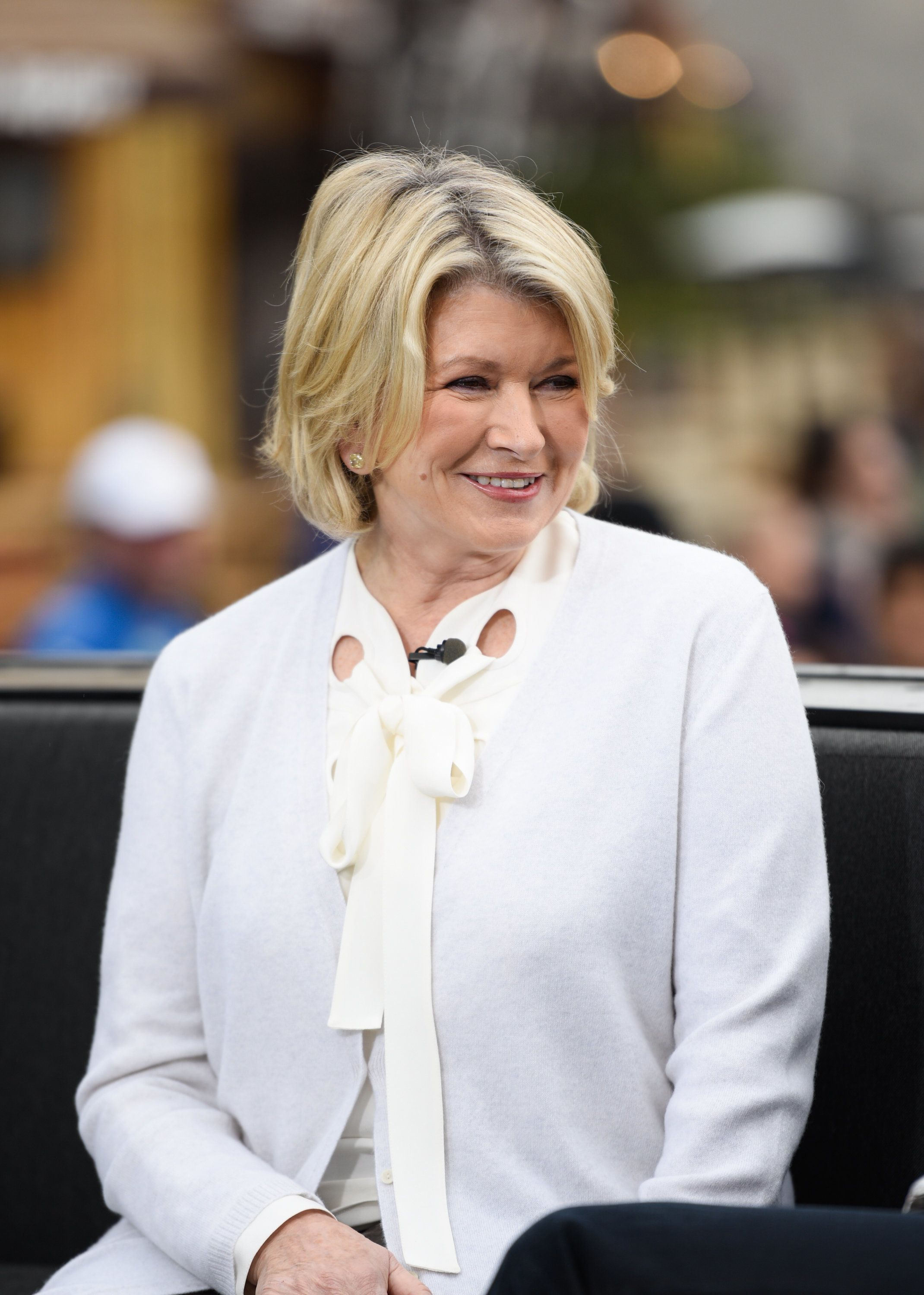 UNIVERSAL CITY, CA - JANUARY 15:  Martha Stewart visits 'Extra' at Universal Studios Hollywood on January 15, 2016 in Universal City, California.  (Photo by Noel Vasquez/Getty Images)