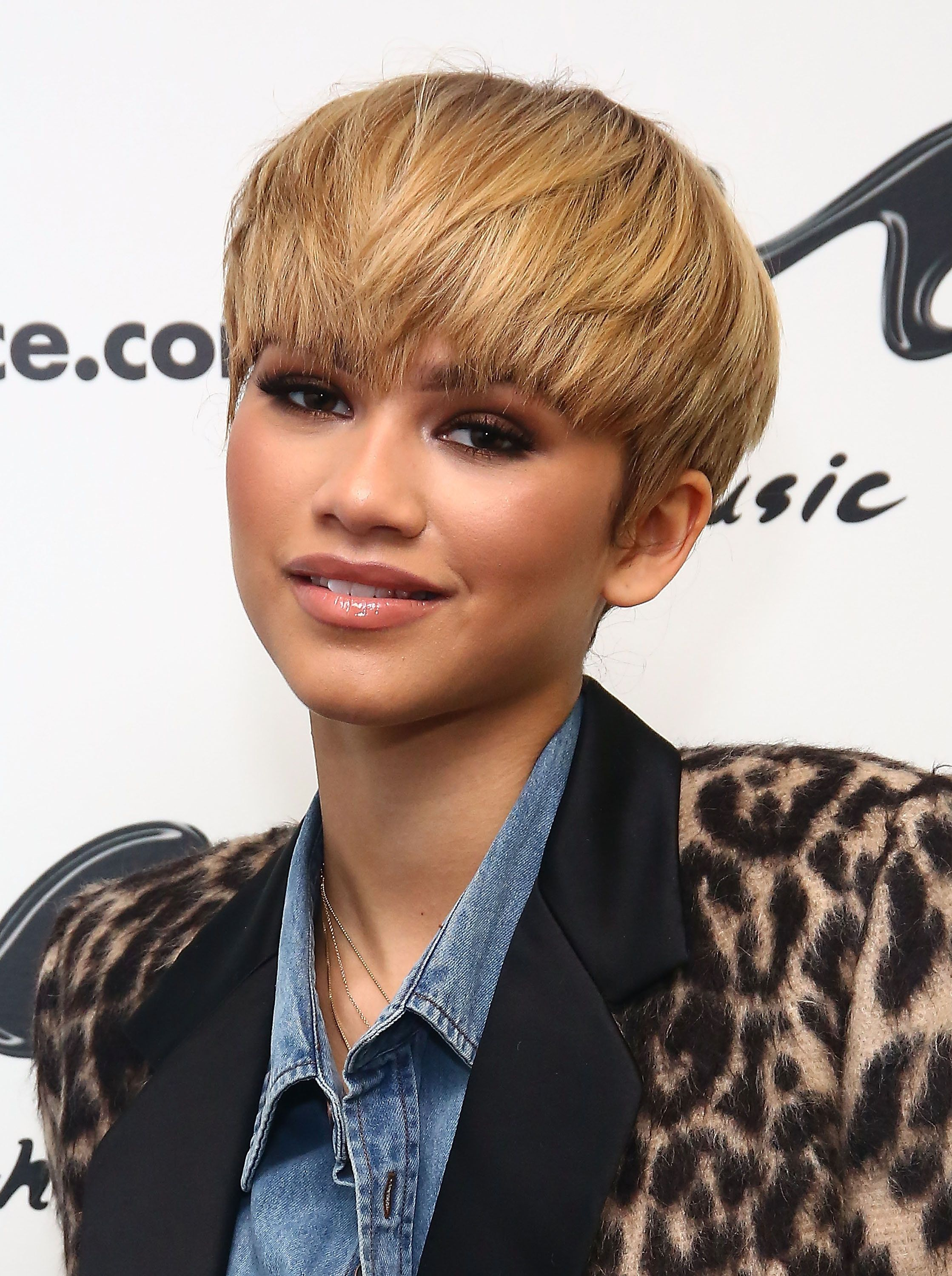 NEW YORK, NY - FEBRUARY 22:  Actress/Singer Zendaya visits Music Choice on February 22, 2016 in New York City.  (Photo by Astrid Stawiarz/Getty Images)