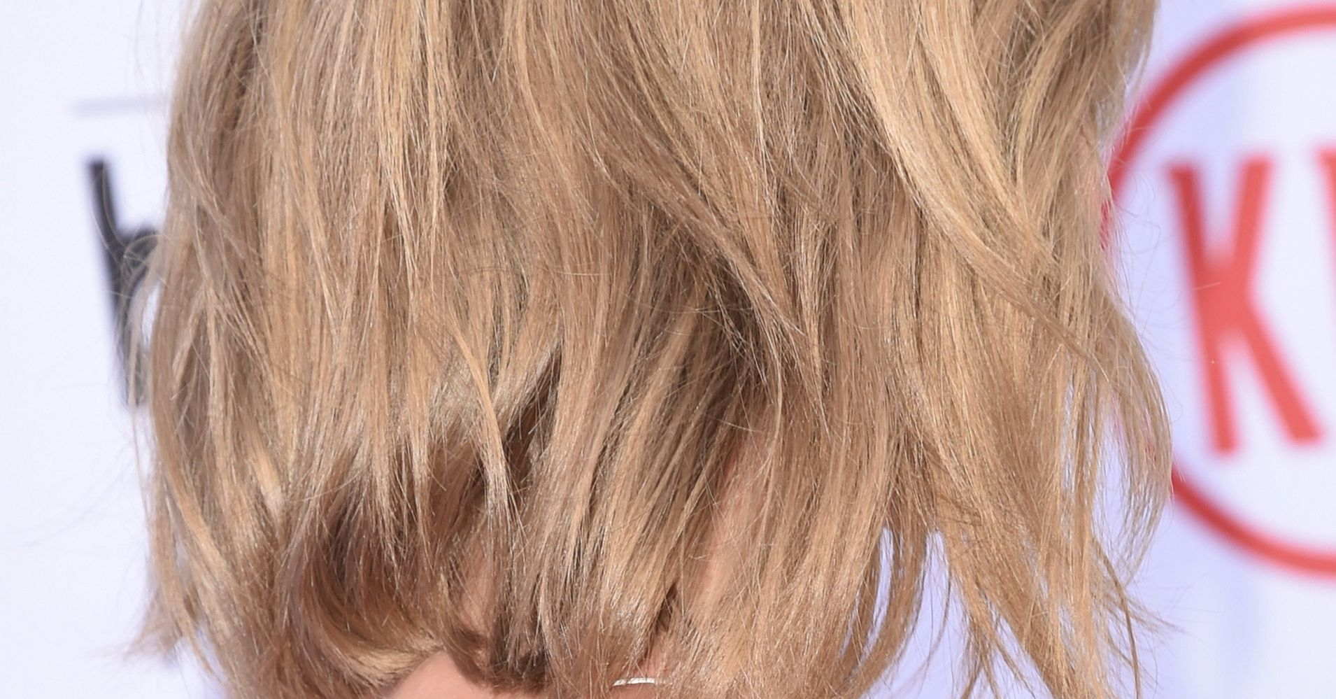 Champagne Blonde Hair Is The Perfect Hair Color For Pale Skin Huffpost