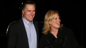 SAN DIEGO, CA - JANUARY 16: Mitt Romney speaks to fellow Republicans with his wife Ann Romney at a dinner during the Republican National Committee's Annual Winter Meeting aboard the USS Midway on January 16, 2015 in San Diego, California.  Romney is contemplating a possible 2016 presidential run. (Photo by Sandy Huffaker/Getty Images)