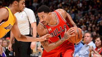 LOS ANGELES, CA - JANUARY 28: Derrick Rose #1 of the Chicago Bulls handles the ball during the game against the Los Angeles Lakers on January 28, 2016 at STAPLES Center in Los Angeles, California. NOTE TO USER: User expressly acknowledges and agrees that, by downloading and/or using this Photograph, user is consenting to the terms and conditions of the Getty Images License Agreement. Mandatory Copyright Notice: Copyright 2016 NBAE (Photo by Andrew D. Bernstein/NBAE via Getty Images)