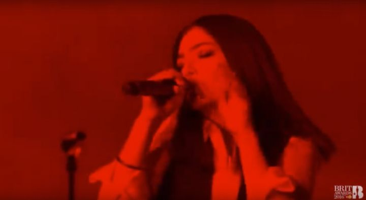 """Lorde performing """"Life on Mars?"""" in tribute to David Bowie at the Brit Awards."""